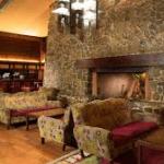 Redwood Bar & Lounge